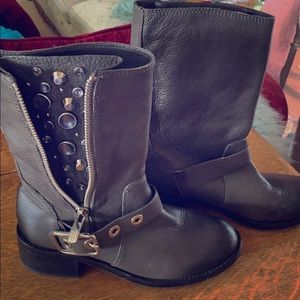 Vince Camuto Blingy NWOT 81/2 Grey Moto Boots
